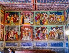 Chapelle Saint-Sébastien - Deutsch:   Fresken im Langhaus der Kapelle St. Sebastian, Lanslevillard, Département Savoyen, Region Auvergne-Rhône-Alpes (ehemals Rhône-Alpes), Frankreich