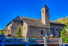 Eglise - Deutsch:   Nordseite der Kirche Marä Himmelfahrt, Valloire, Département Savoyen, Region Auvergne-Rhône-Alpes (ehemals Rhône-Alpes), Frankreich