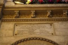 Eglise Saint-Martial - Français:   intérieur de l\'Église Saint-Martial d\'Angoulême.