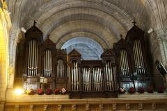 Eglise Saint-Martial - Français:   intérieur de l\'églsie d\'angouleme.