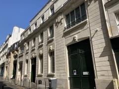 Ancien hôtel Rivié - Français:   Hôtel Rivié, rue du Sentier, Paris IIe.