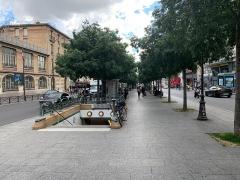 Métropolitain, station Place de Clichy - Français:   Promenade Marcel Carné, Paris.