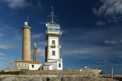 Tour et chapelle Saint-Pierre - English:   Lighthouses at Point de Saint Pierre, Finistère, Brittany/France