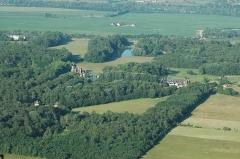 Château d'Avrilly -  Avrilly+LesMichauds (TREVOL,FR03)