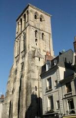 Ancienne abbaye de Saint-Martin - Français:   Tour Charlemagne