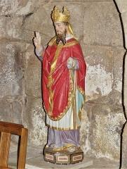 Eglise Saint-Priest - Français:   Statue représentant un évêque (saint Priest?) église de Saint-Priest-la-Plaine, Creuse, France.