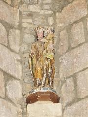 Eglise Saint-Priest - Français:   Statue représentant la Vierge à l\'Enfant, église de Saint-Priest-la-Plaine, Creuse, France.