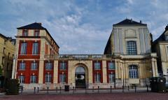 Ancien collège d'Oratoriens - Deutsch:   Hafen von Dieppe: Quai Henri IV, Dieppe, Département Seine-Maritime, Region Normandie (ehemals Ober-Normandie), Frankreich