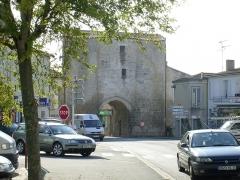 Anciennes fortifications -  La porte de ville médiévale