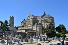 Ancienne église - Français:   Luc-sur-Mer (14)