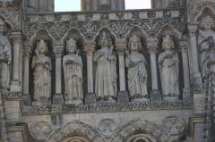 Cathédrale Notre-Dame - Français:   Amiens gallerie des Rois.