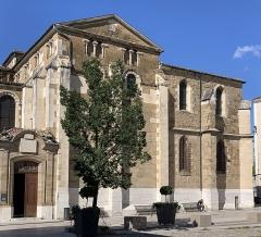 Cathédrale Saint-Apollinaire - Français:   Cathédrale Saint-Apollinaire de Valence, Drôme.