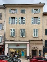 Immeuble - Français:   Maison des Bourbons, Villefranche-sur-Saône.