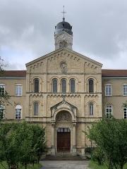 Collège Mongré - Français:   Lycée Notre-Dame-de-Mongré, Villefranche-sur-Saône.