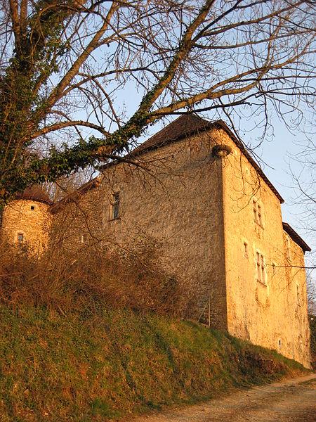 Photo du Monument Historique Maison-forte de Saint-Germain dite Tour de Gy situé à Ambérieu-en-Bugey
