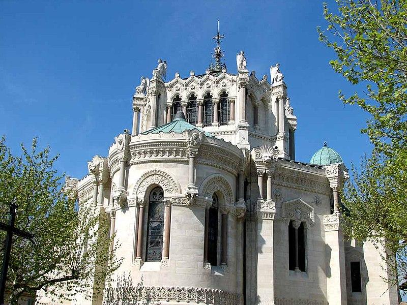 Photo du Monument Historique Eglise  et basilique situé à Ars-sur-Formans