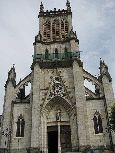 Photo du Monument Historique Cathédrale Saint-Jean-Baptiste situé à Belley