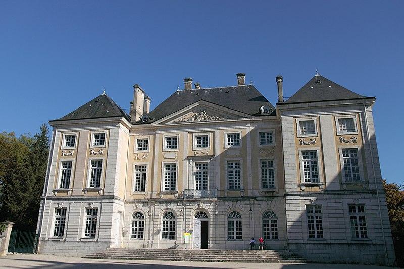 Photo du Monument Historique Evêché situé à Belley