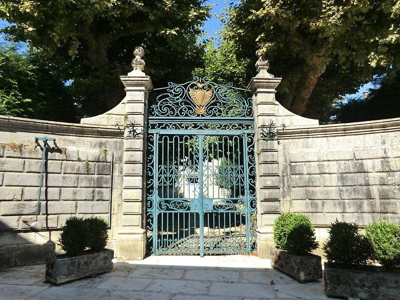 Photo du Monument Historique Hôtel de Province du Bugey situé à Belley