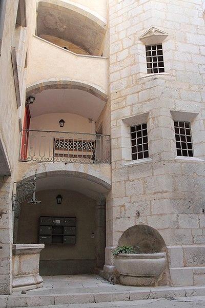 Photo du Monument Historique Maison du Vachat ou maison du Gouverneur situé à Belley