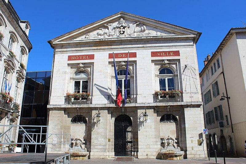 Photo du Monument Historique Hôtel de ville situé à Bourg-en-Bresse