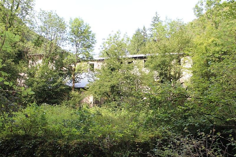 Photo du Monument Historique Maison dite château d'Epierre ou cellier d'Epierre, dépendant de l'ancienne chartreuse de Meyriat situé à Cerdon