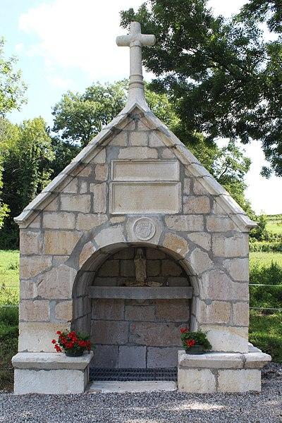 Photo du Monument Historique Sainte-Fontaine situé à Flaxieu