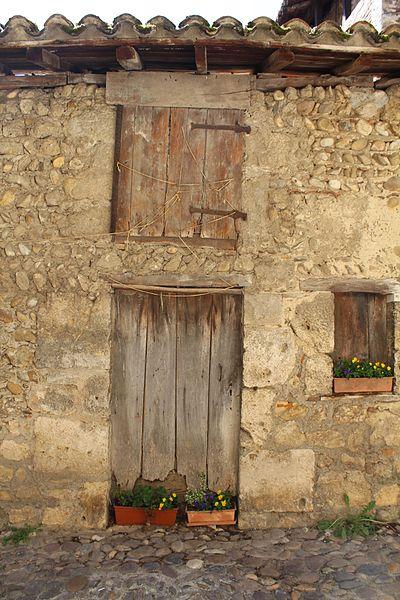 Photo du Monument Historique Ecurie Gerlier situé à Pérouges
