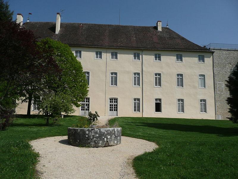 Photo du Monument Historique Ancien château situé à Pont-d'Ain