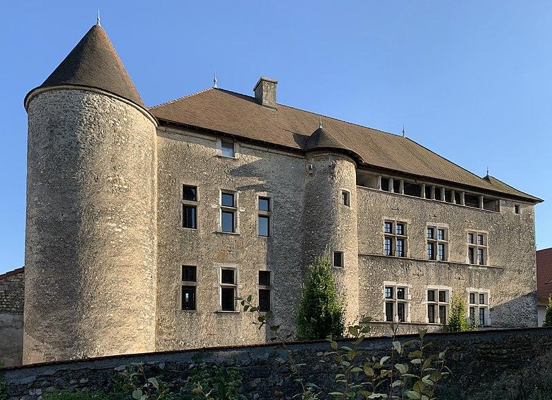 Photo du Monument Historique Château situé à Sainte-Julie