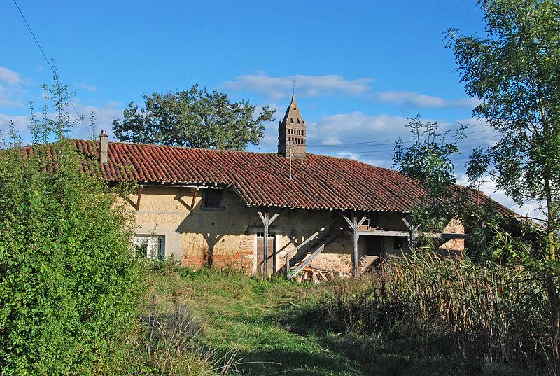 Photo du Monument Historique Ferme de Grandval situé à Saint-Trivier-de-Courtes