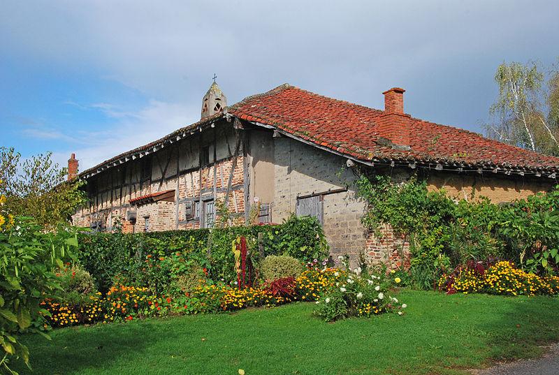 Photo du Monument Historique Ferme de Montalibord situé à Vescours