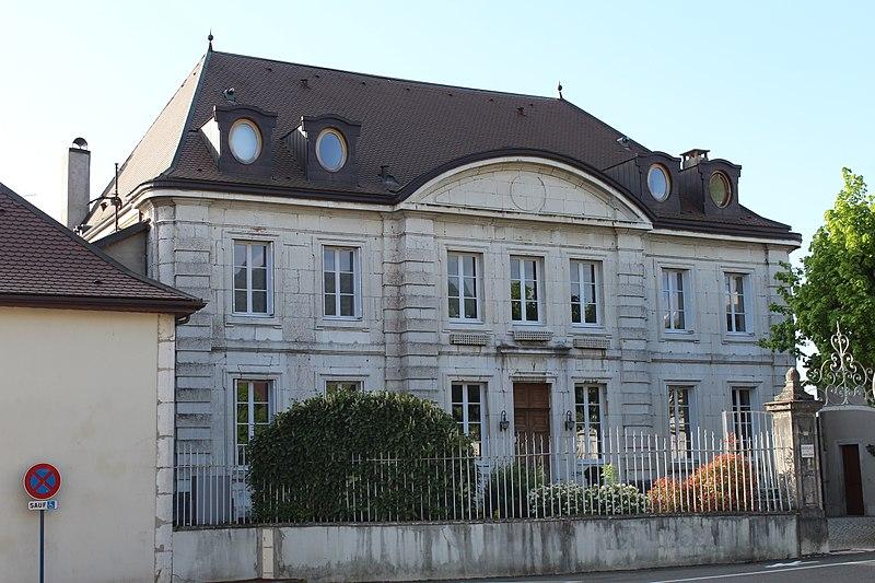 Photo du Monument Historique Ancienne villa Beaulieu situé à Divonne-les-Bains