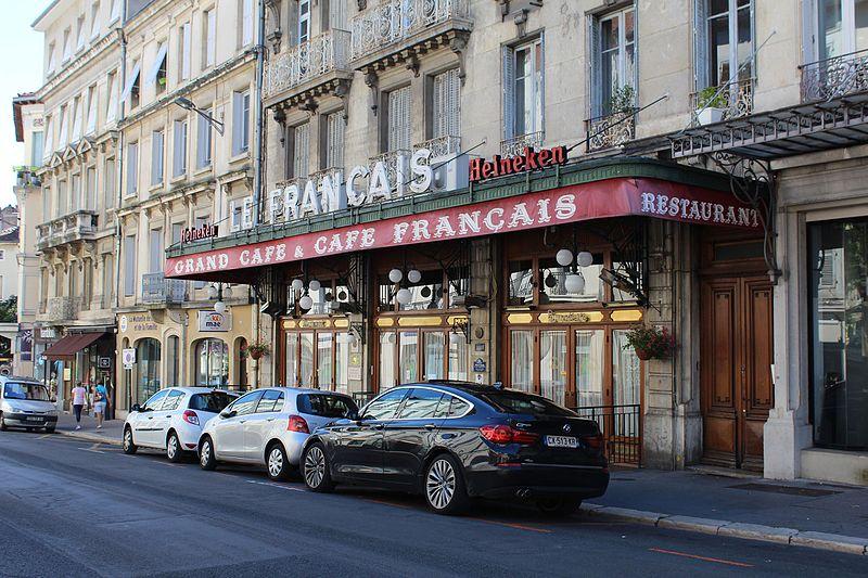 Photo du Monument Historique Le Café français situé à Bourg-en-Bresse