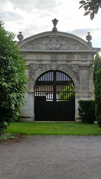 Photo du Monument Historique Ancien couvent des Feuillants situé à Blérancourt