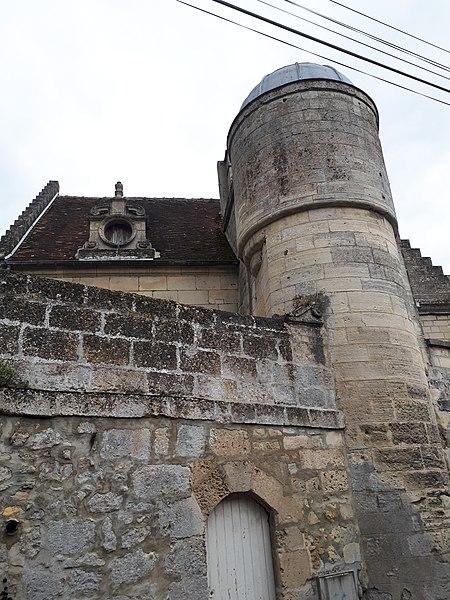 Photo du Monument Historique Maison, en face du chemin de l'église situé à Bucy-le-Long