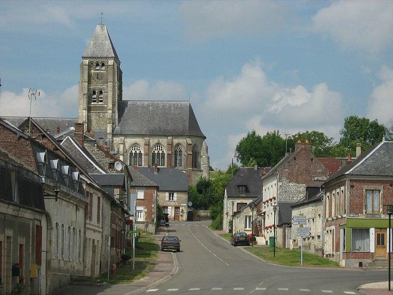 Photo du Monument Historique Eglise situé à Chaourse