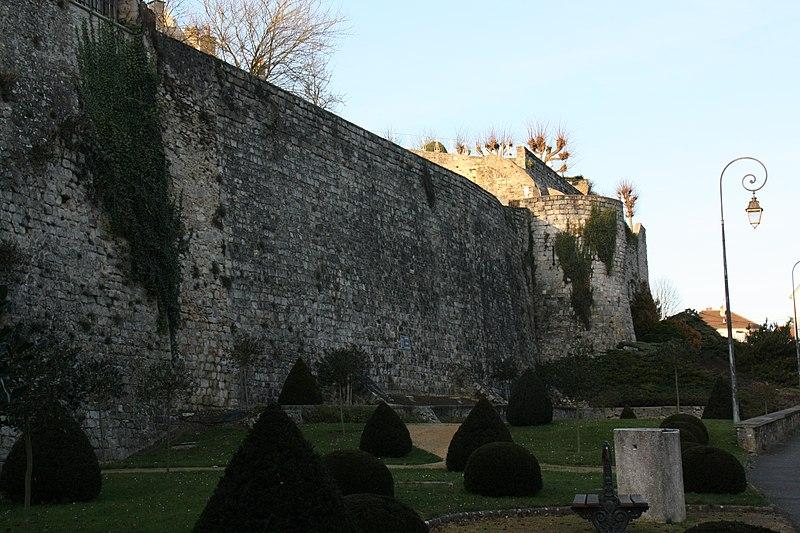 Photo du Monument Historique Anciens remparts situé à Château-Thierry