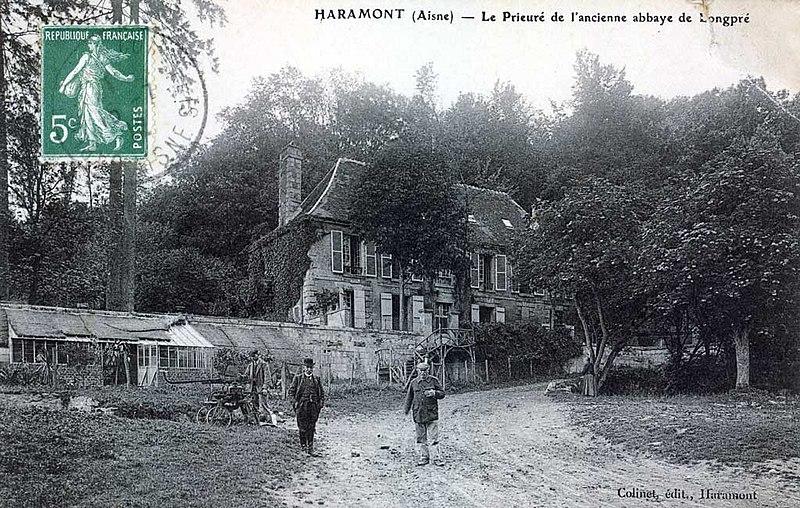 Photo du Monument Historique Ancien prieuré de Longpré situé à Haramont