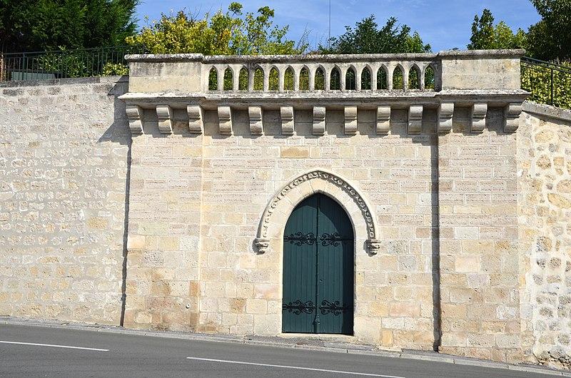 Photo du Monument Historique Ancienne abbaye de Saint-Jean situé à Laon