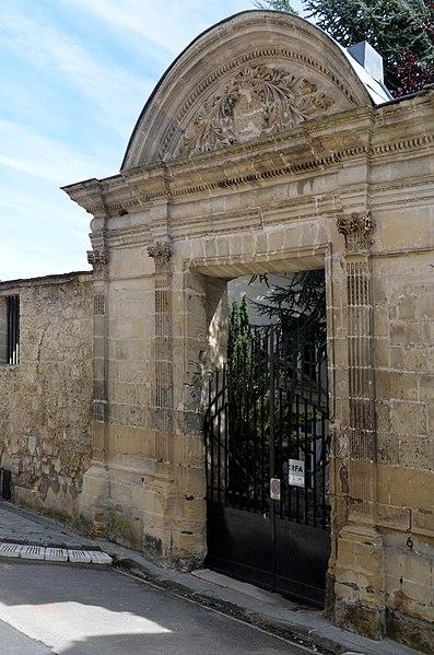 Photo du Monument Historique Ancien couvent des Minimes situé à Laon