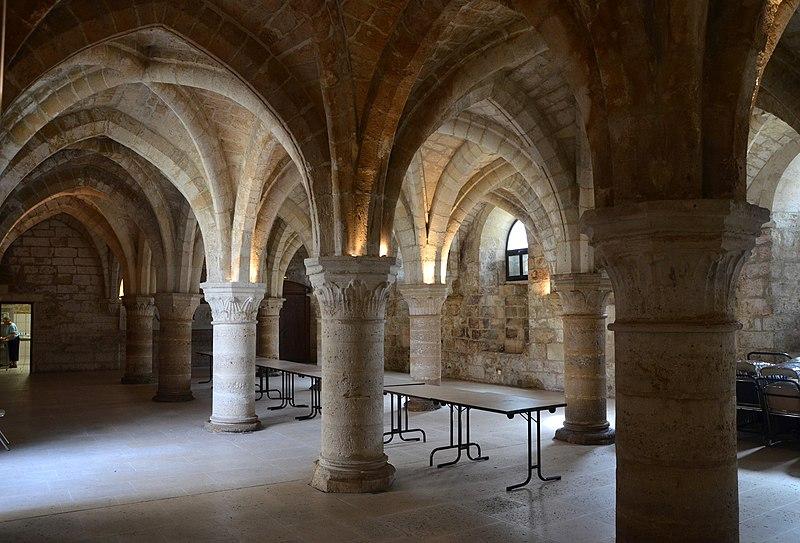 Photo du Monument Historique Ancien Hôtel-Dieu ou ancienne Chambre des Notaires situé à Laon