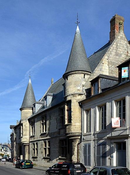 Photo du Monument Historique Hôtel du Petit-Saint-Vincent situé à Laon