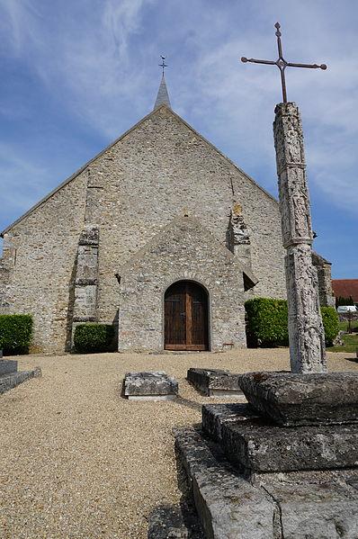 Photo du Monument Historique Croix de cimetière situé à Montfaucon