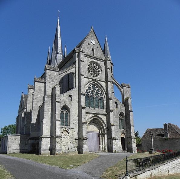 Photo du Monument Historique Eglise Saint-Julien et Saint-Jean-Baptiste situé à Royaucourt-et-Chailvet