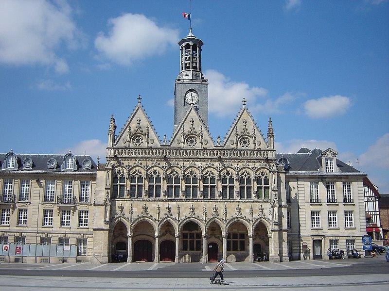 Photo du Monument Historique Hôtel de ville situé à Saint-Quentin