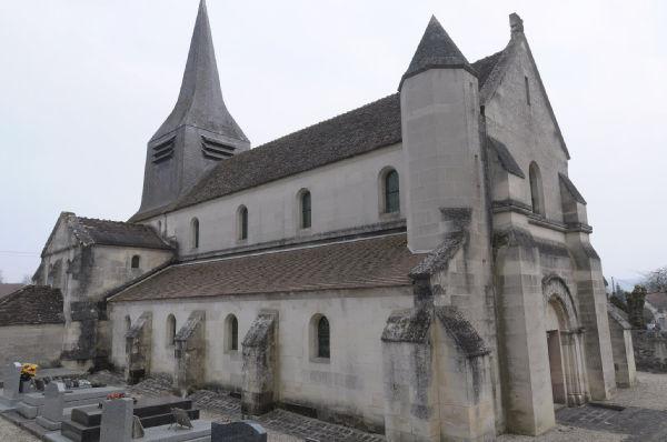 Photo du Monument Historique Eglise situé à Trucy