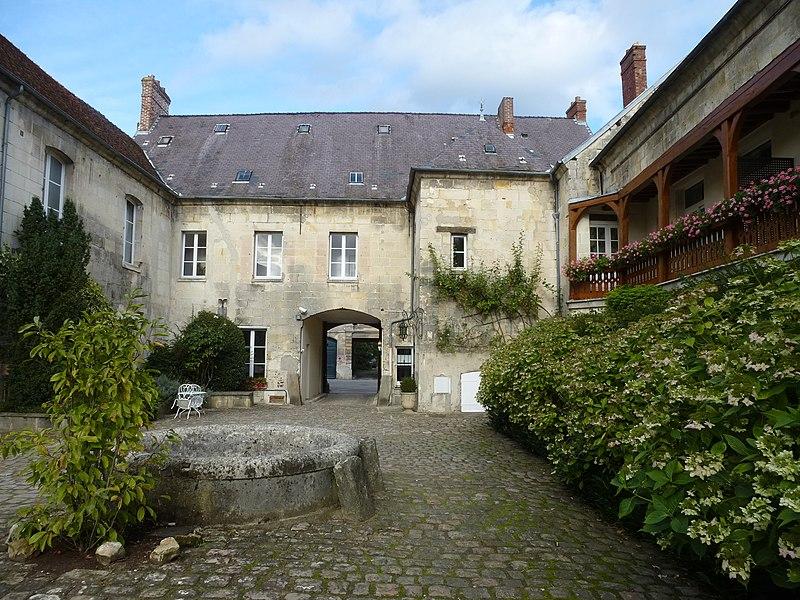 Photo du Monument Historique Hôtellerie du Régent situé à Villers-Cotterêts