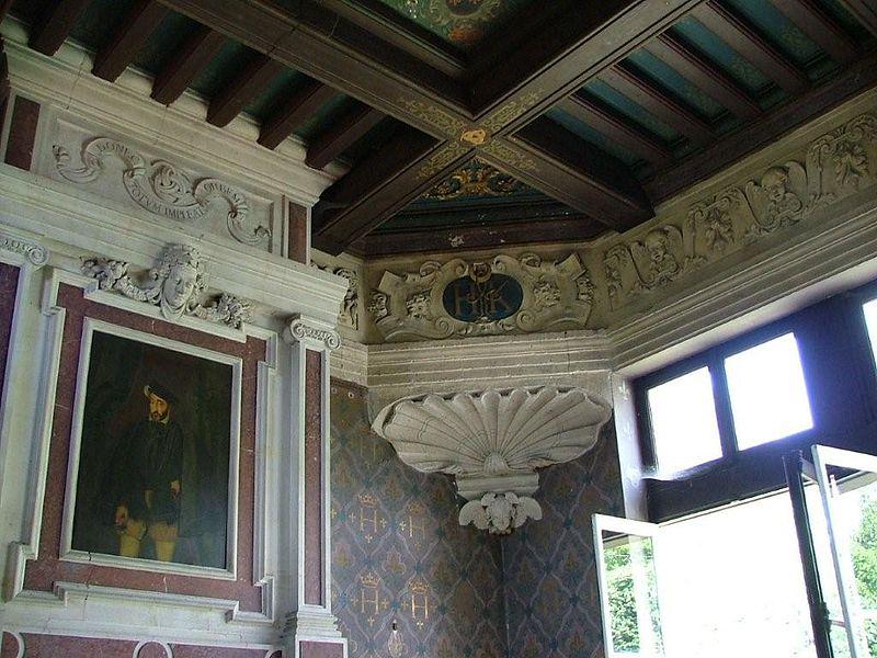 Photo du Monument Historique Pavillon Henri II situé à Villers-Cotterêts