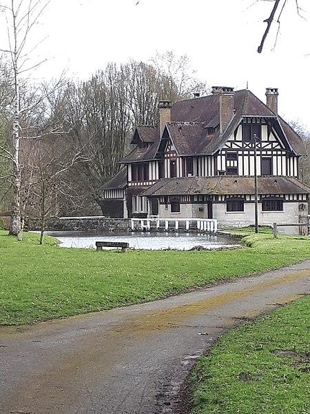 Photo du Monument Historique Ferme de Montgarny situé à Margival